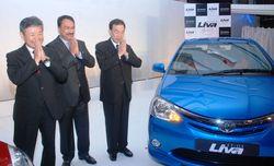 L-R ( Hiroshi Nakagawa, MD-TKM, Vikram Kirloskar, Vice Chairman-TKM, Hiroji Onishi, President, TMAP-TMC)