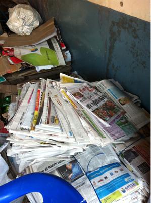 初仕事は、リサイクルゴミ出し。